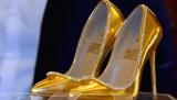 迪拜展出全球最贵鞋子 价值1700万美元