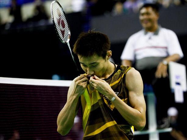 法国羽毛球赛李宗伟夺冠  中国队收获一金