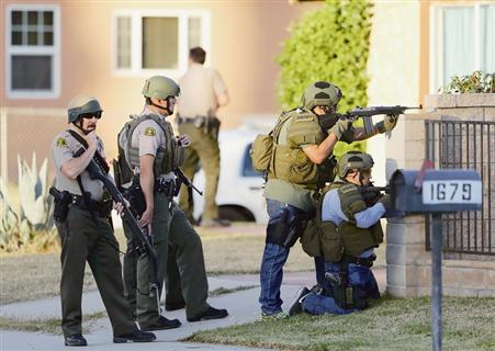 美加州发生枪击案 致数十人死伤