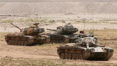 土耳其坦克连夜开入伊拉克
