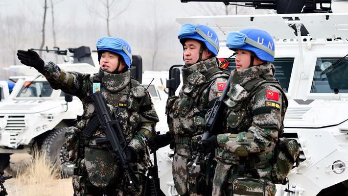 中国维和步兵营赴南苏丹执行任务