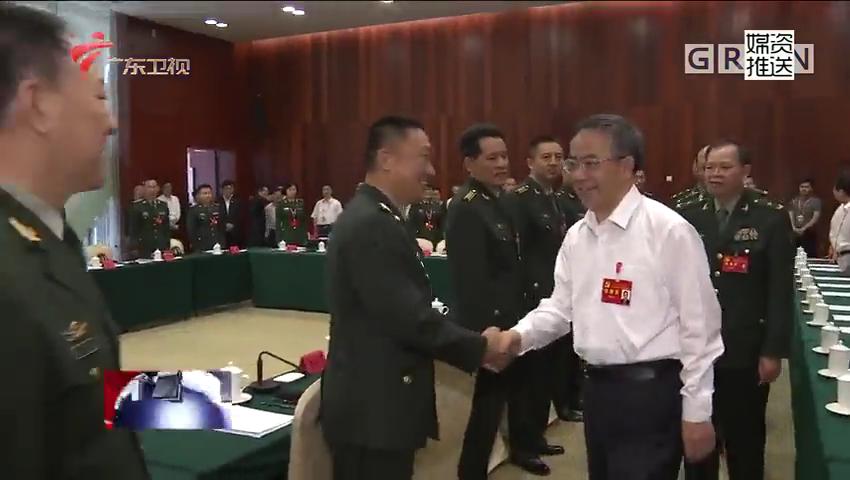 胡春华参加部队代表团审议党代会报告 巩固发展军政军民团结良好局面