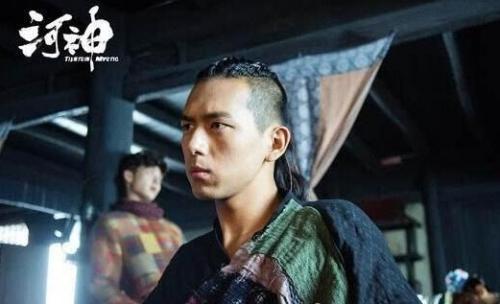 网剧《河神》口碑超原著主演李现表现获好评