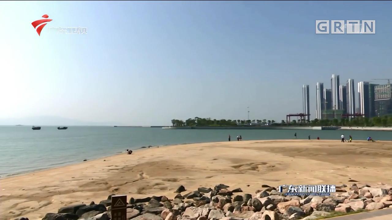 """深圳湾公园:人工沙滩""""华丽转身"""" 市民开心度假休闲"""