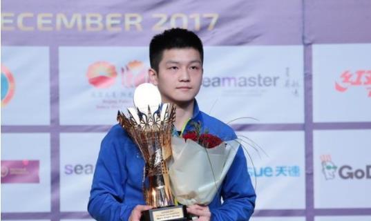樊振东不惧奥恰洛夫 4比0横扫夺冠