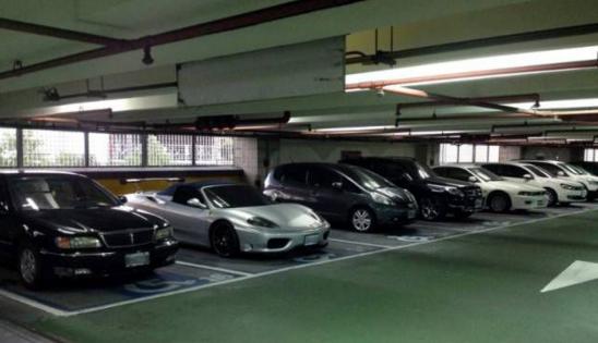 深圳:停车收费新规出台 在机关单位停车半小时内免费