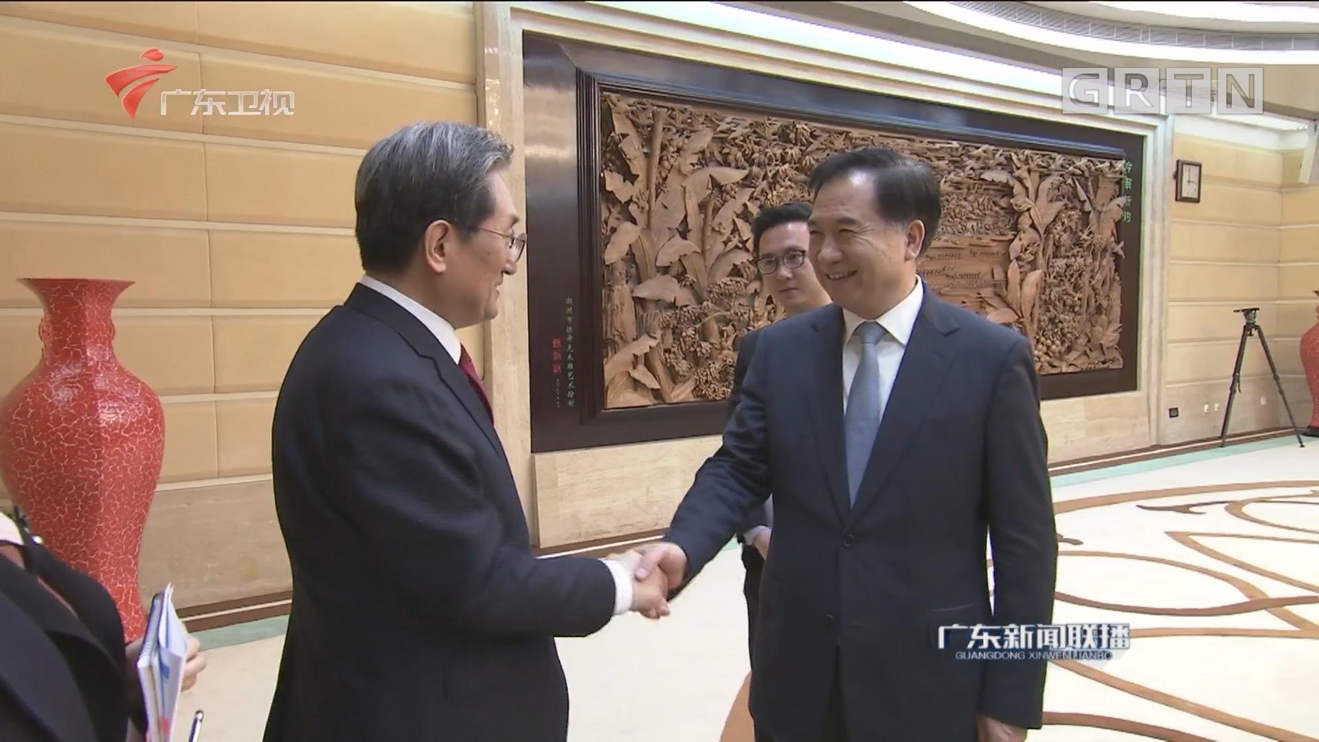 李希会见韩国驻华大使卢英敏