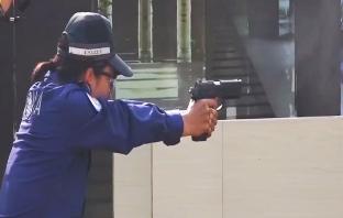 世界警察射击大赛开赛:优秀警察竞技 谁是最佳神枪手?