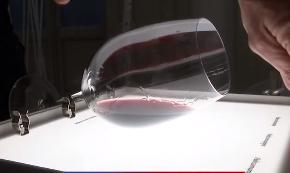 灯箱可照出葡萄酒的秘密 全面提供葡萄酒客观数据