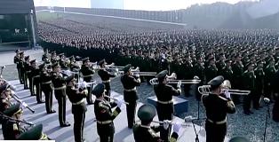 南京大屠杀死难者国家公祭日:近万人参加公祭仪式