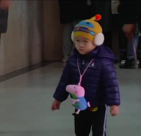 生活提示:寒潮来袭医院患者增加 以老人和小孩居多