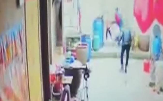 汕头潮南区:入屋砍伤两小孩 嫌疑人被警方抓获