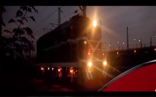 [2019-03-15]新闻故事:出没在铁道线上