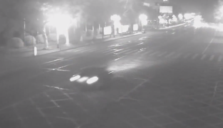 佛山:男子闹市飚车晒视频 涉嫌危险驾驶被刑拘
