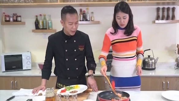 健康廚房:杏仁炒雞丁