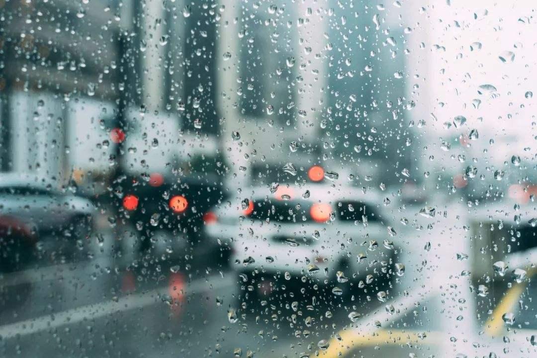[2019-04-12]DV现场:增城:风雨夹冰雹来袭 多处村屋受损严重