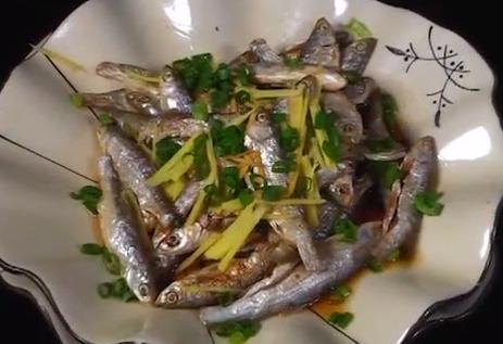姜葱蒸山坑鱼干