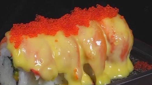 赤焰黄金蟹棒焗卷