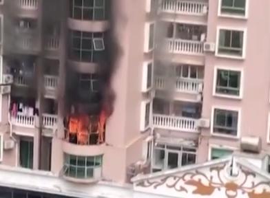 [HD][2019-04-06]今日关注:深圳:室内祭拜引火灾 消防救出4人