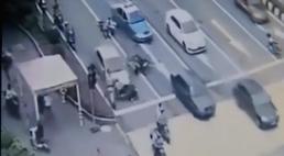 [HD][2019-05-25]今日关注:韶关:轿车路口突然加速连撞四车 4人受伤