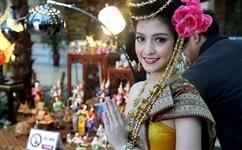 五一出游报名火爆 签证便利国家受欢迎:泰国将免除落地签证费政策延长至10月底