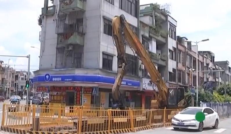 東莞:污水工程挖穿天然氣管 街道緊急封鎖