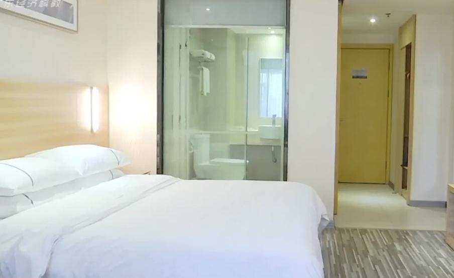 如何檢查隱藏攝像頭:星級酒店現針孔攝像頭?虛驚一場