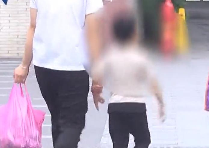 家長投訴:男童被幼兒園老師當眾脫光衣服 罰站數小時