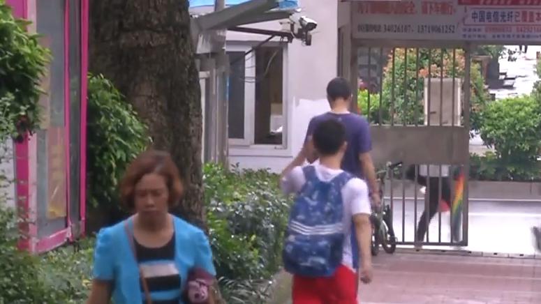 广州:女租客洗澡被合租者偷拍 嫌疑人被拘