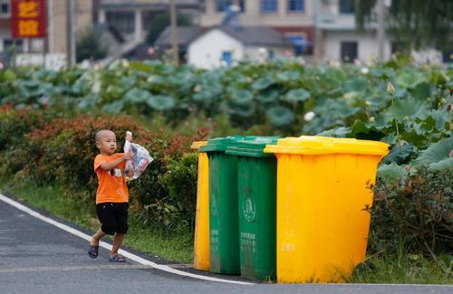 广东地级以上市年底前完成垃圾分类实施方案