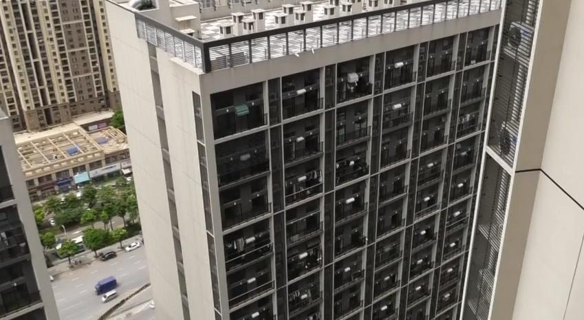 佛山南海:辦完房產證才發現 自家公寓變成了辦公室?