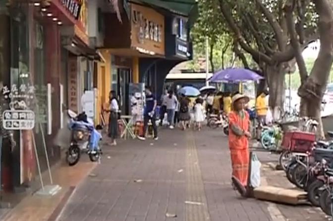 佛山:商铺门前多人打斗 嫌疑人已被抓获