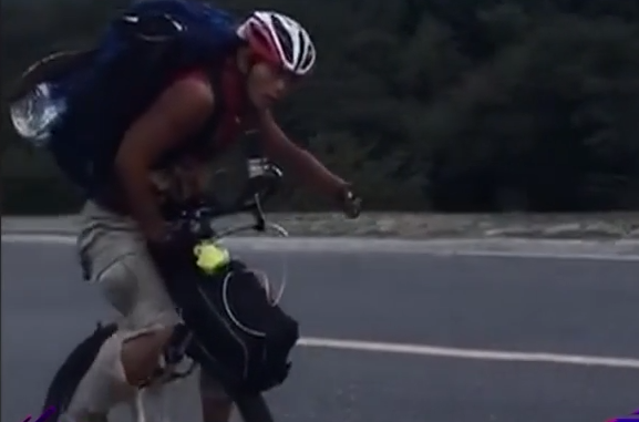 网闻:广东小伙骑独轮车去西藏:挑战自我