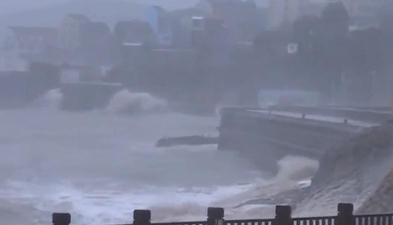 超强台风登陆 浙江转移70余万人