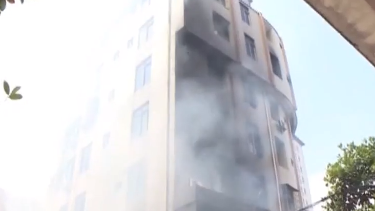[2019-08-11]DV现场:阳江:档口起火导致多人被困火场
