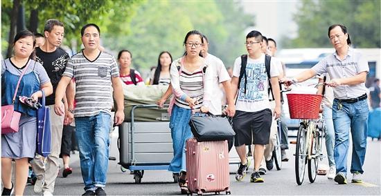 2019高校开学季 新生开启大学生活