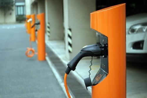 安全:七成充电桩存在安全隐患