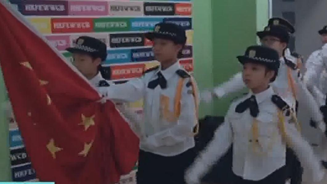 香港:中小学开学举行升国旗仪式