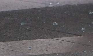 """[HD][2019-09-09]今日一线:广州天河:天降""""玻璃雨"""" 4车受损1人被划伤"""