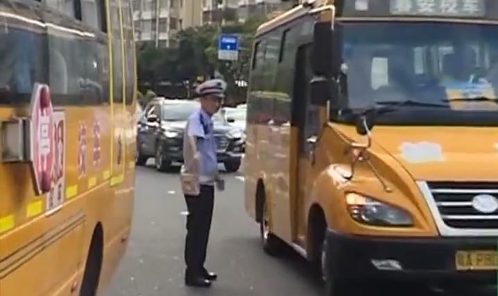 [2019-09-02]DV现场:广州:开学首日查校车 保障学生安全到校