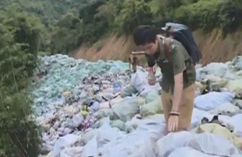 (DV現場)清遠:山頭堆放上千噸舊鞋 村民擔憂造成污染