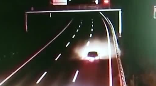 韶关:可怕!实习女司机高速逆行25公里