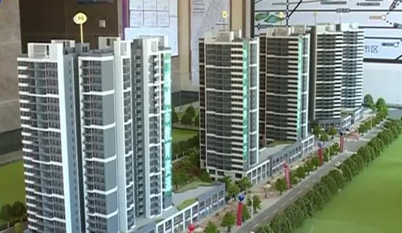 (DV现场)买房遭遇霸道开发商 到期不交楼只贴公告