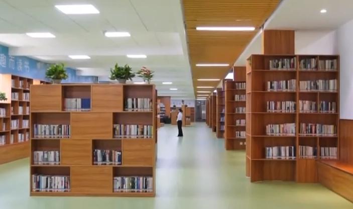 廣州白云區:自助圖書館開張 20萬人有了標準圖書館