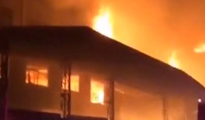 [2019-09-05]DV现场:东莞:家具厂突发大火 多名工人被困火场
