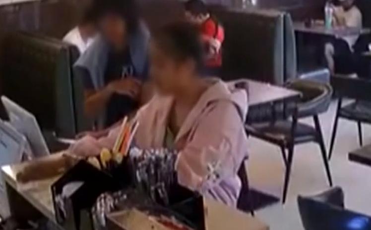[HD][2019-10-20]今日关注:悍妇暴打女同胞 被拘留15日