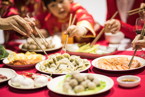 国庆假期 全国零售和餐饮销售额1.52万亿元 智能家居畅销 消费结构持续升级