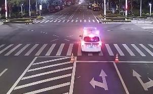 """為""""救人""""沖紅燈被罰? 交警:皆因病患不在車上"""