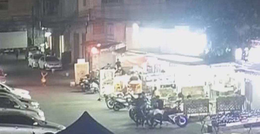 中山黄圃:偷车贼胆敢街头销赃 被巡防队员识破