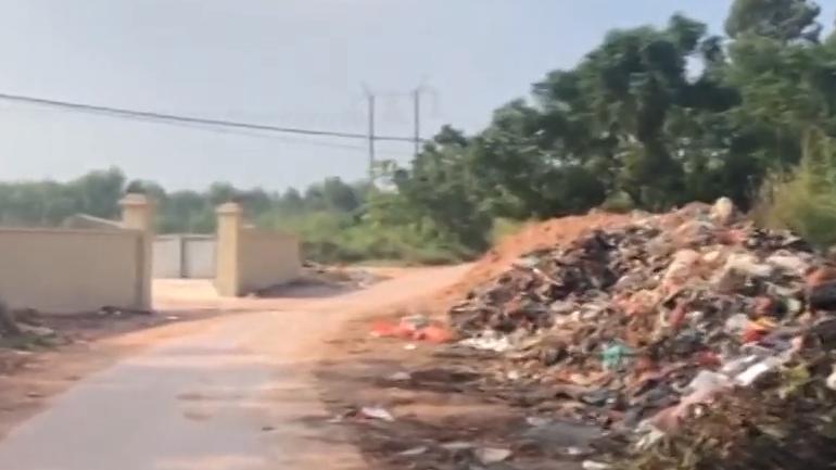 [HD][2019-11-05]社会纵横:化州 垃圾堆恶臭扰民 出路何在?(二)